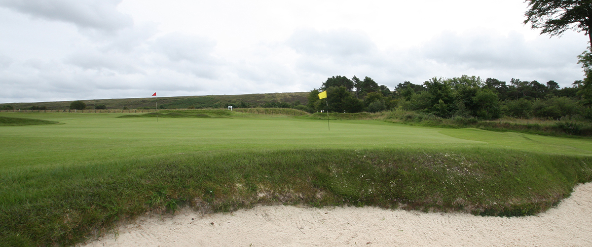 The 5th hole viewed from behind its right hand bunker.