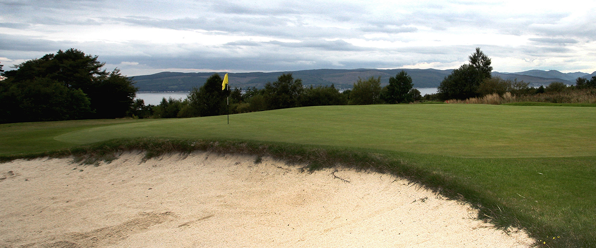 Bunker protecting the right of the green on the 8th hole.